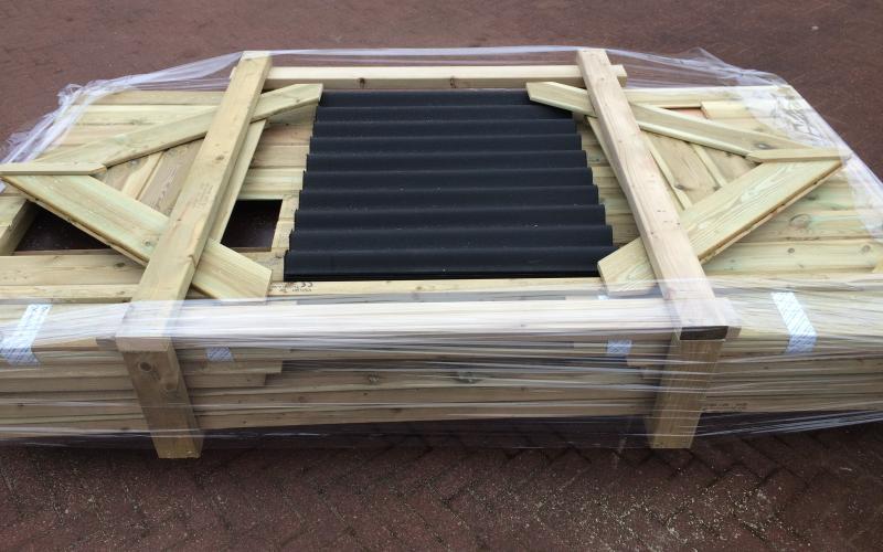 Kippenhok Het dierenverblijf in bouwpakket geleverd en of geplaatst door ons. Kwaliteits dierenverblijven van der Land