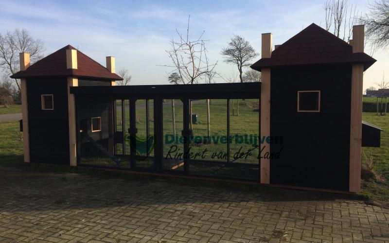 Kippenhok Hooiberg dubbel met ren type A Kwaliteits dierenverblijven van der Land