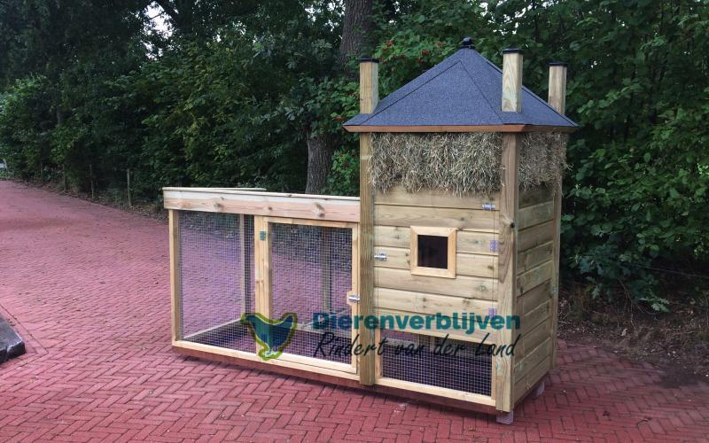 Kippenhok Hooiberg met overdekte ren type A Kwaliteits dierenverblijven van der Land