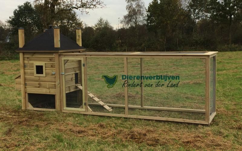 Kippenhok Hooiberg met ren type B Kwaliteits dierenverblijven van der Land